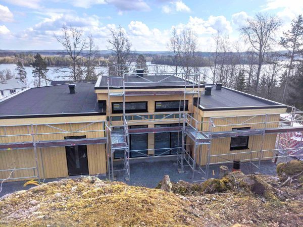 Bygga fritidshus Skarudden Familjen Nyhammar Villa Hus Boende Husbyggsats Jorntrahus Inspiration Kundexempel 2020 4 ver2
